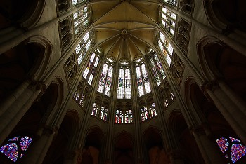 Cath�drale Saint-Pierre de Beauvais ~ Cathedral picture from Beauvais France.
