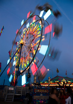 Ferris Wheel ~ Architecture picture from Campbell River Canada.